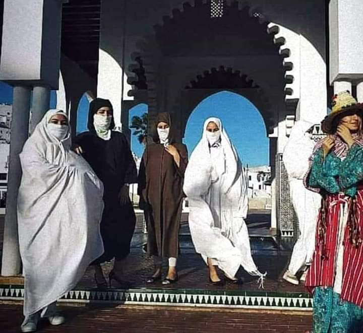 الحمامة البيضاء تتزين بالزي التقليدي وتتصدى للاجتياح الشرقي