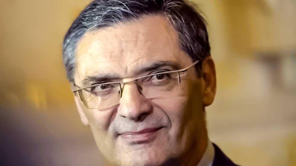 وفاة وزير فرنسي سابق بسبب كورونا